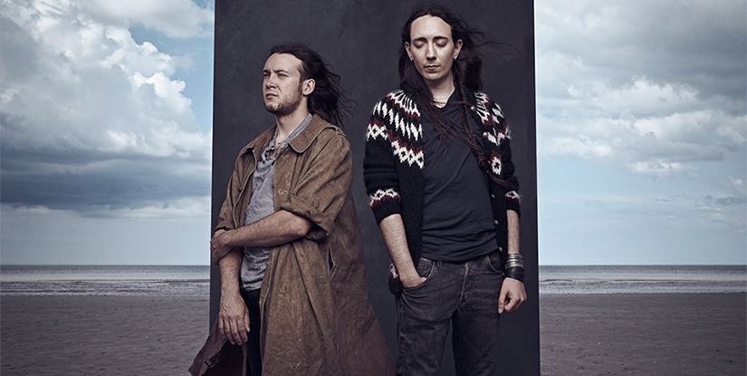 """Alcest专访 – 在冰岛破茧化蝶  很多海外艺人来中国演出更多是被一种""""到此一游""""的心态驱使着,而Alcest则是能认真看待中国乐迷的少数派之一。"""