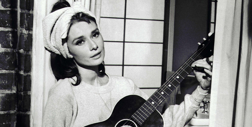 audrey-hepburn-breakfast-tiffanys-guitar-feature