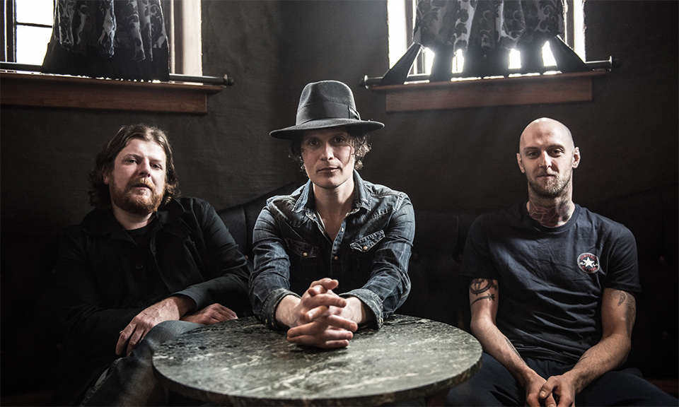 the-fratellis-eyes-wide-tongue-tied-main